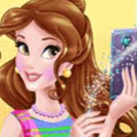 Selfie Queen Instagram Diva
